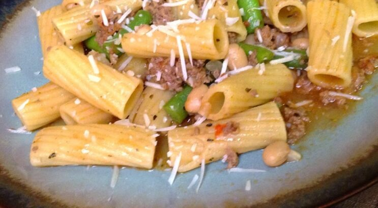 One Pot Pasta with Beef and Beans