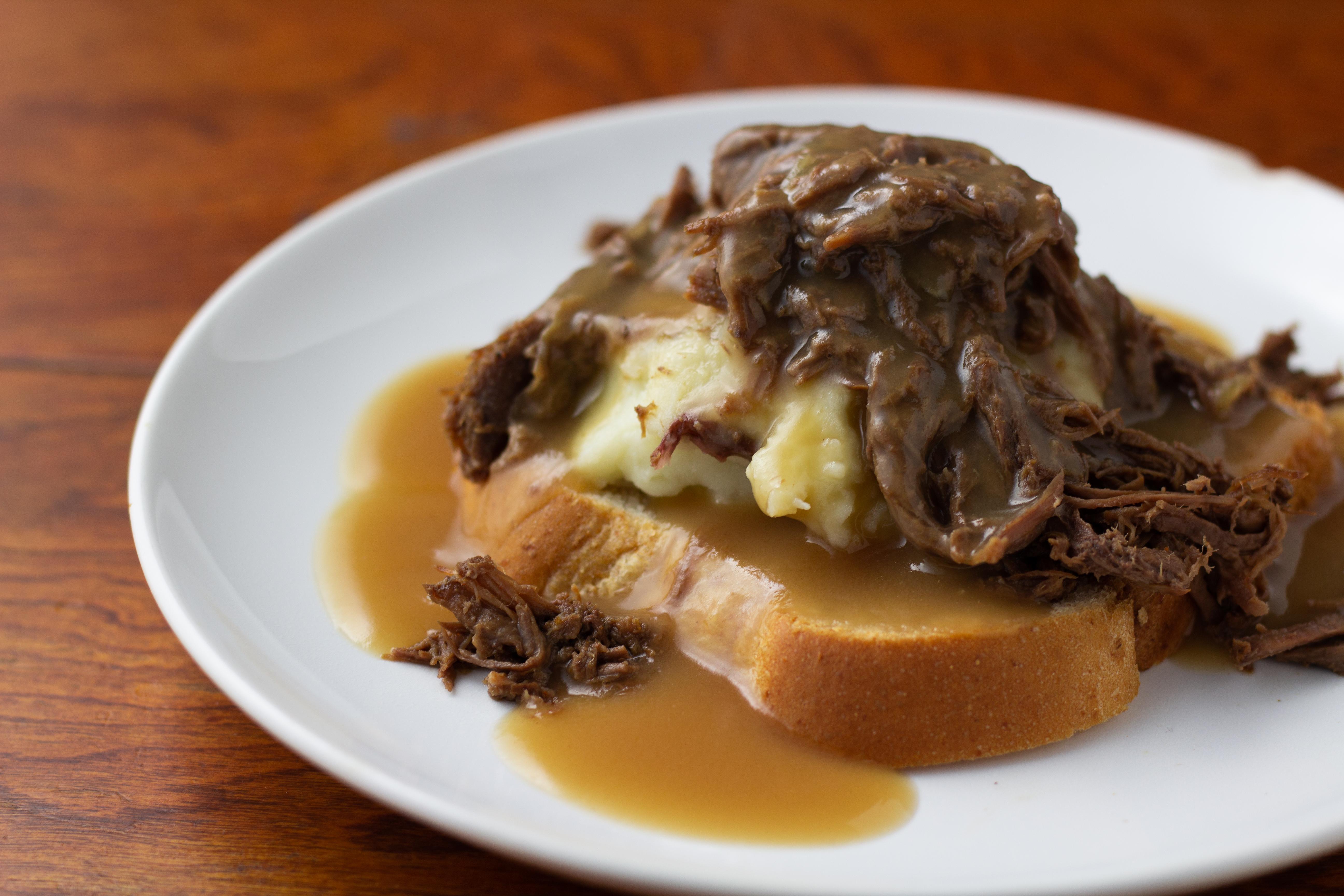 open faced roast beef sandwich